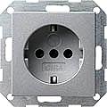 GIRA 045326 Steckdosen, mit erhöhtem Berührungsschutz - alu